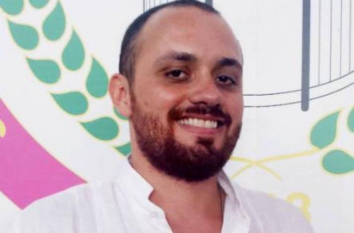Zico parabeniza Leandro Vieira, carnavalesco campeão com a Mangueira